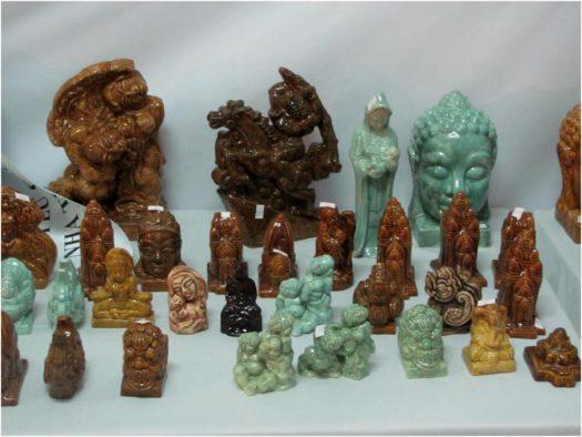 Выставка мрамора и керамики в Тет в Нячанге