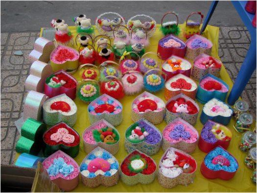 Сердечки и цветы в День Валентина в Нячанге