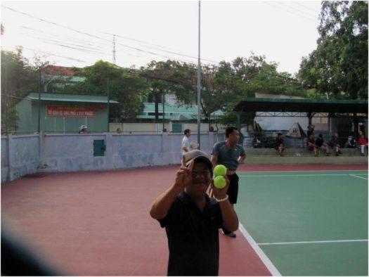 Теннисный корт в Нячанге, Вьетнам