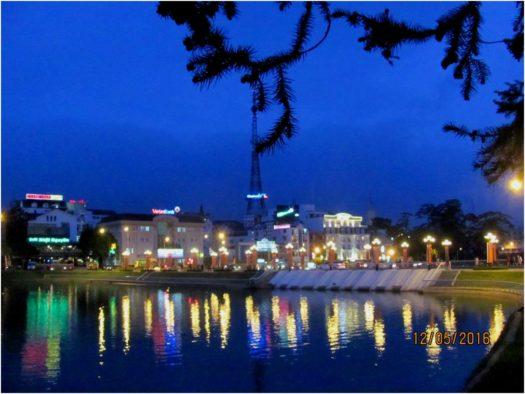 Вечер на озере Суан Хыонг (Xuan Huong), Далат, Вьетнам