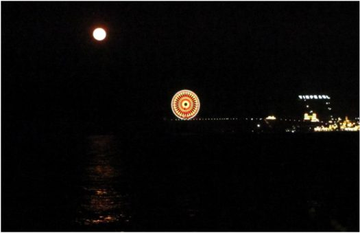 Полнолуние над островом Винперл 30 апреля 2018
