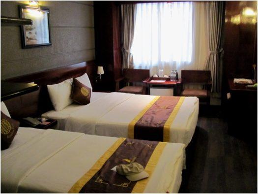 Делюкс в Barcelona Hotel в Нячанге