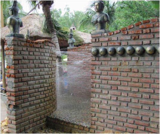 Гидротерапия на Тхап Ба