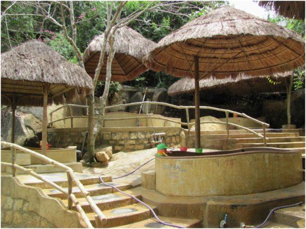 Грязевые ванны в Тхап Ба