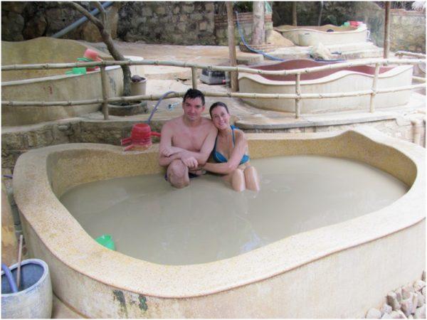 Грязевая ванна на источниках Тхап Ба